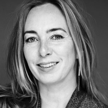 """Karen Strandbygaard: """"Jeg troede, jeg skulle skrive som Helle Helle!"""""""